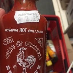 Sriracha hot chilli sauce 266ml